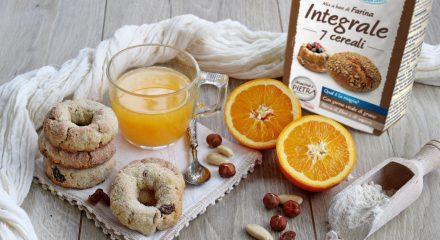 Ciambelline integrali arancia e frutta secca