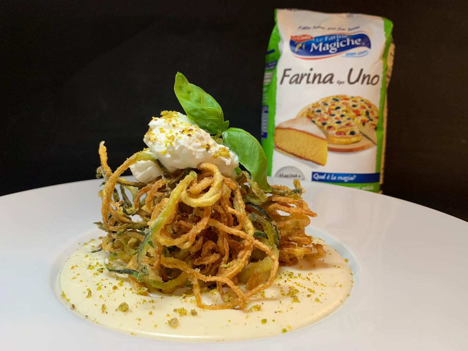 Spaghetti fritti di zucchine con besciamella